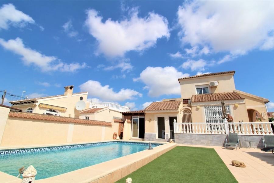 Ref:MPD5000 Villa For Sale in Villamartin